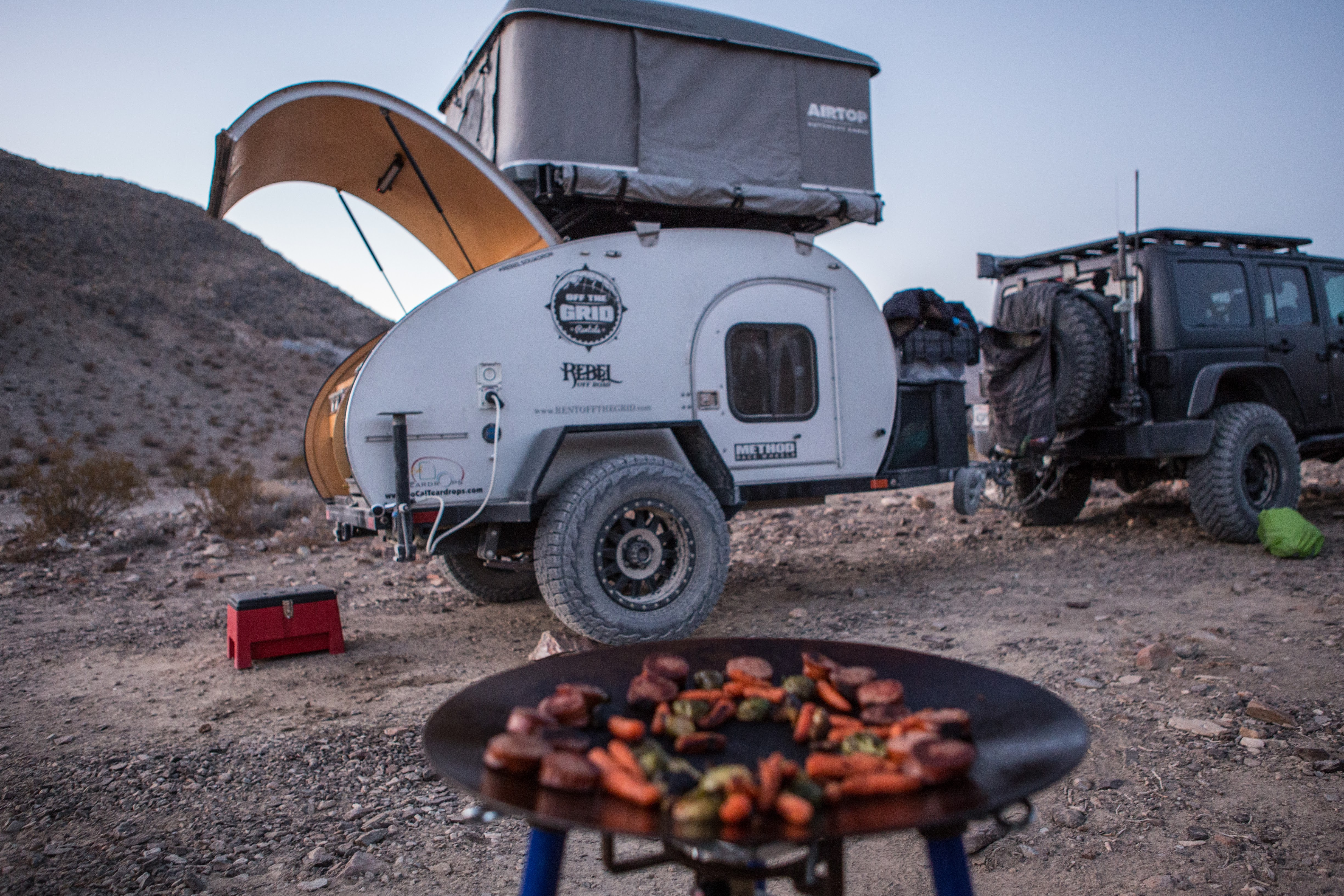 Death Valley_6D-9075 & Roof Top Tent Gallery | Off The Grid Rentals